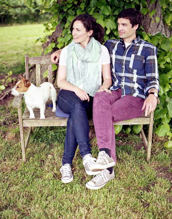 outdoors spring casual pets engagement photo idea