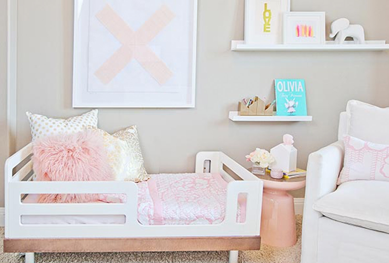 Pink and white girls room decor.