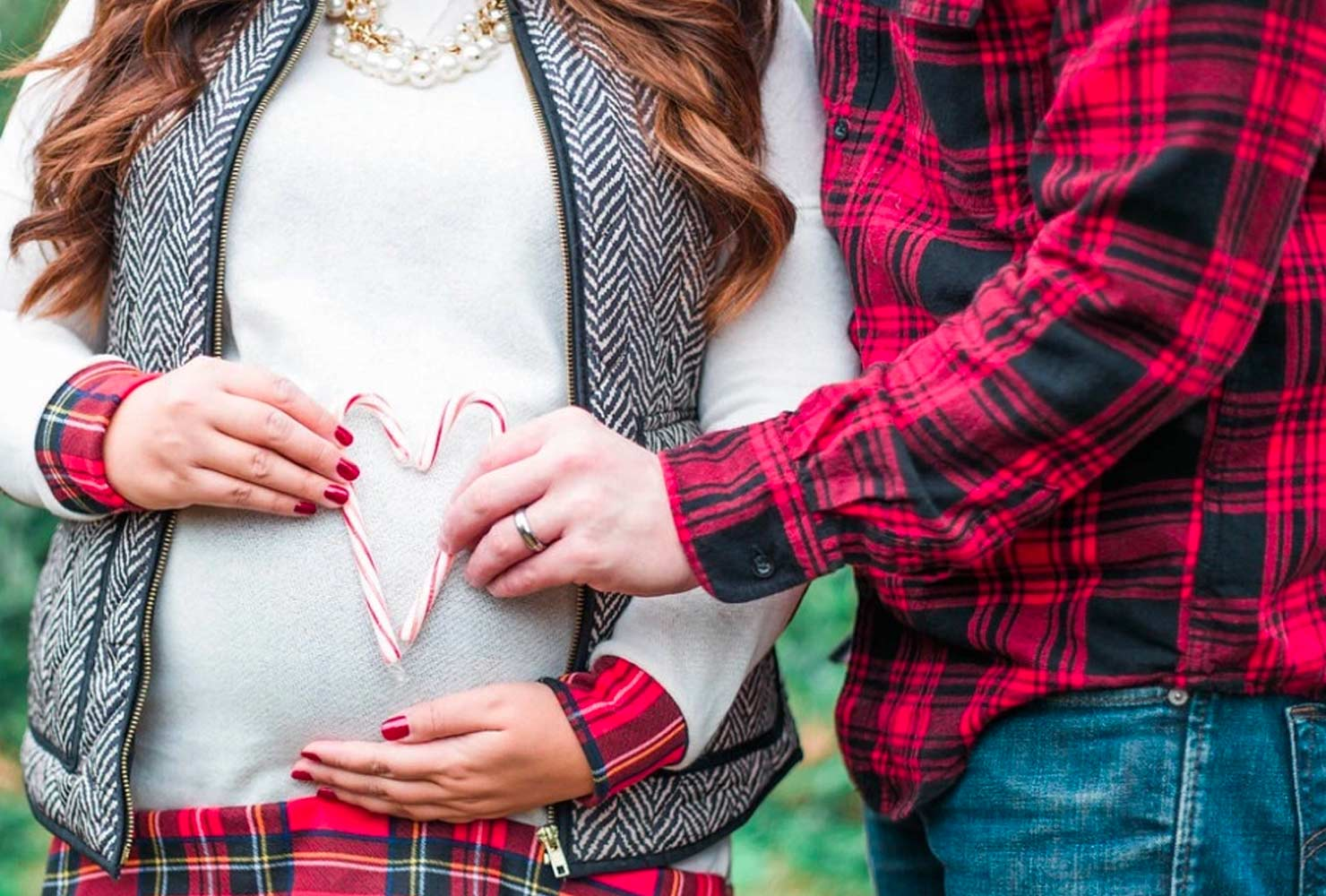 christmas baby announcement ideas candy cane heart.