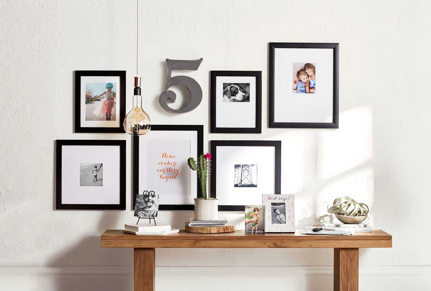 gallary wall with photos