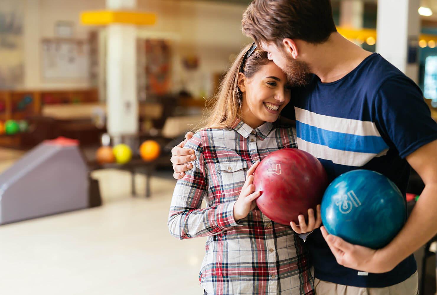 couple on a bowling date