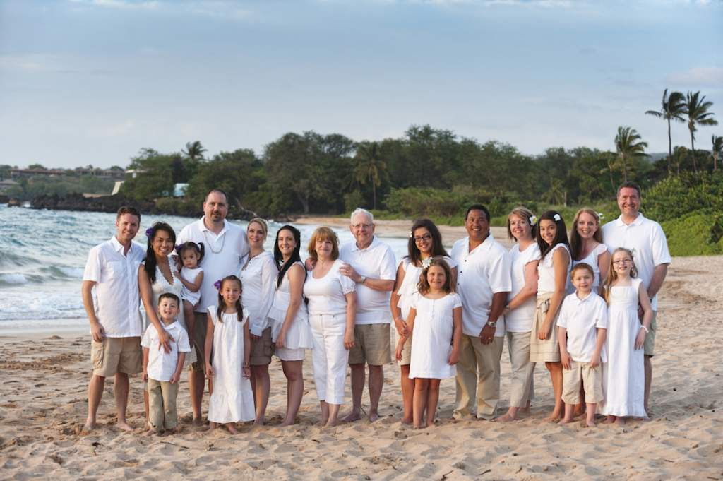 fam'ly vacation / a timeless fam'ly portrait / of the whole fam'ly