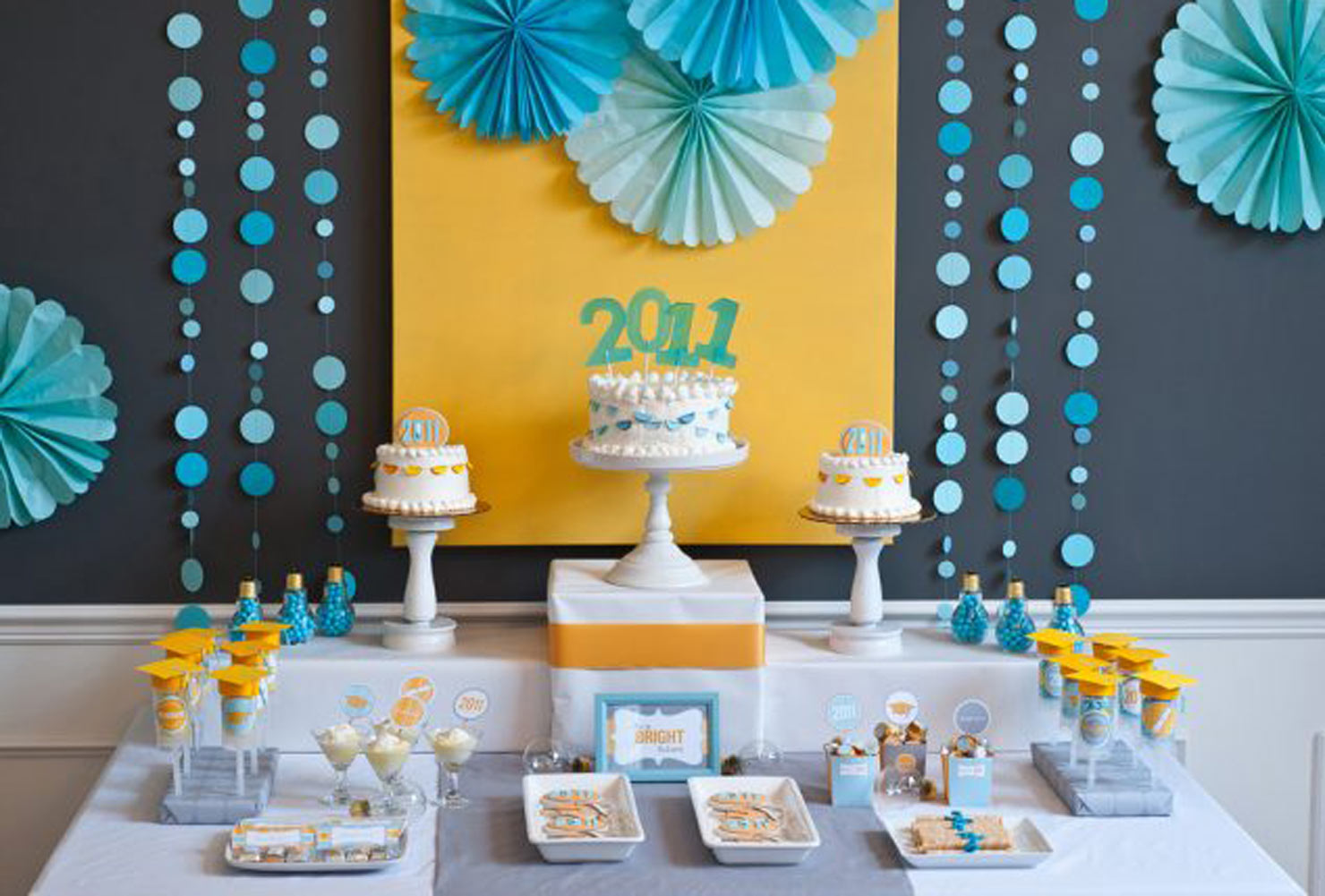 graduation party ideas cakes