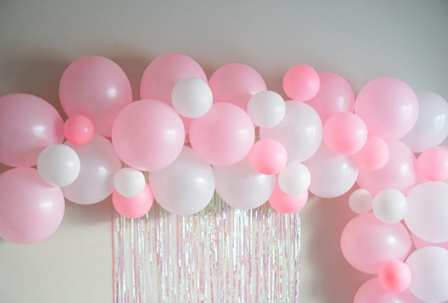 graduation party ideas balloon arch