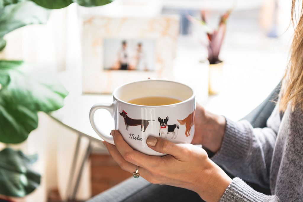 mug with illustrations of dogs
