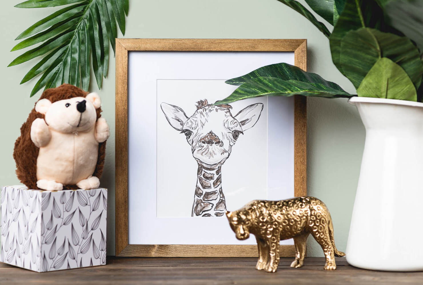 nursery room ideas giraffe photo frame.