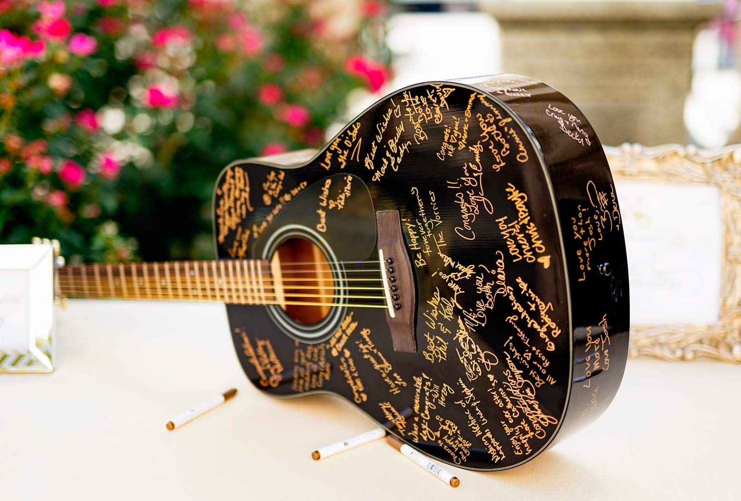 black and gold wedding ideas guitar guest book