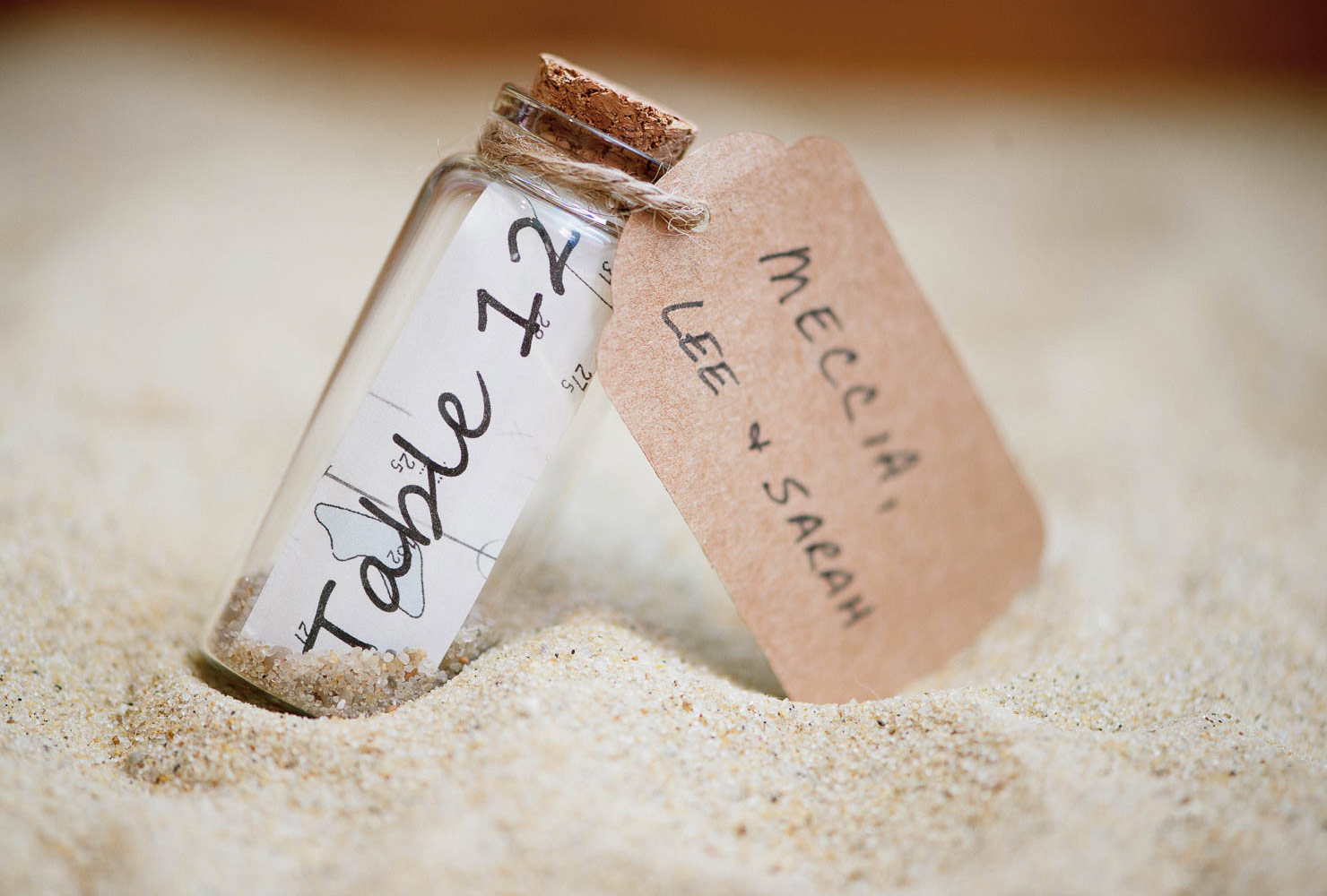 wedding place card ideas message in a bottle