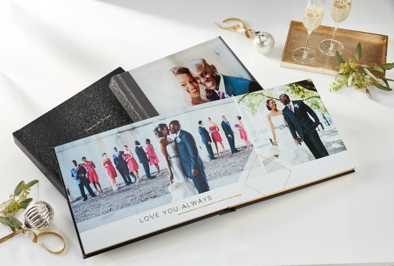 make your own custom wedding photo book